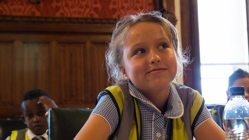 UK politicians back compulsory money skills in schools